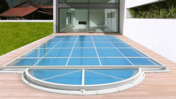 Couvertures de piscine
