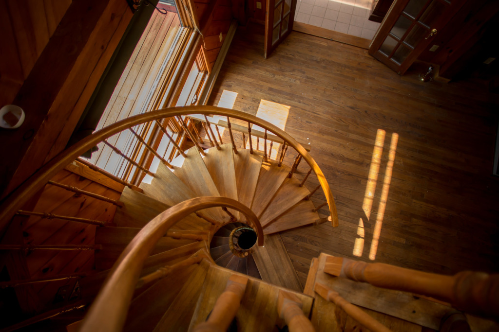 escalier d'intérieur en colimaçon