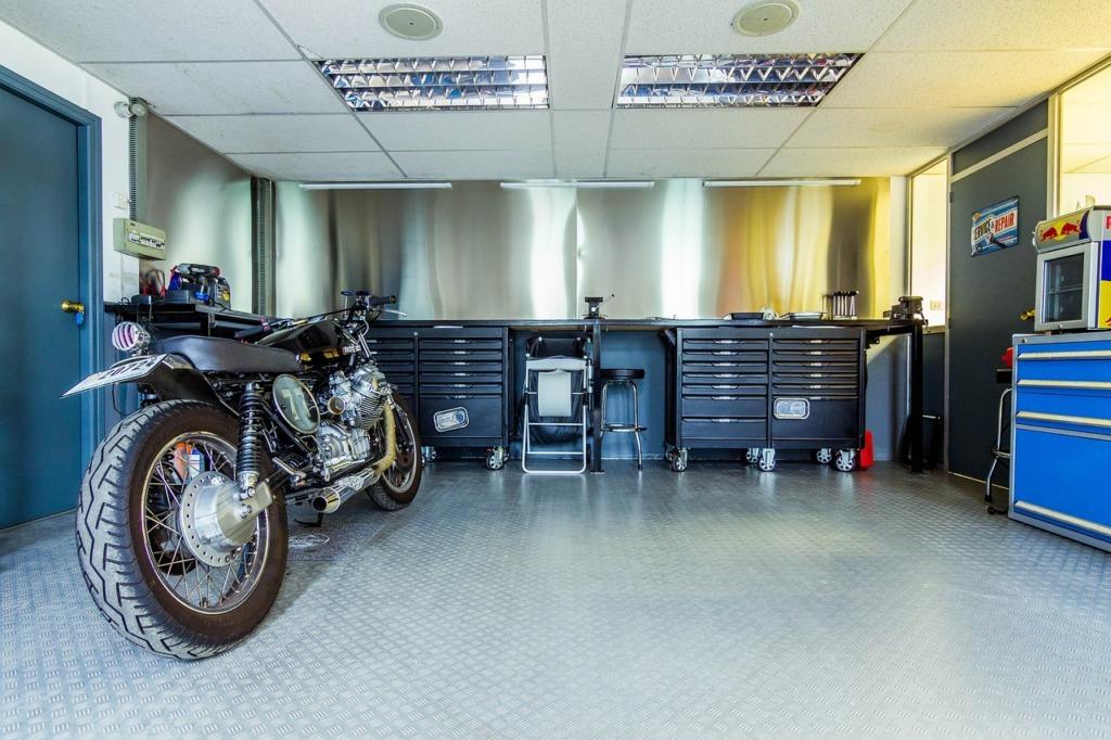 garage bien organisé