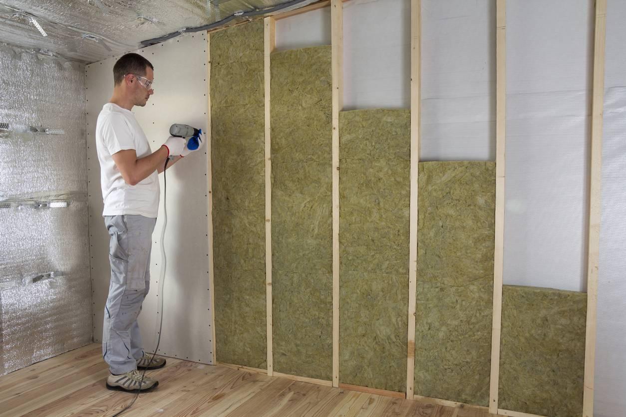 isolation intérieure bâtiment thermique acoustique
