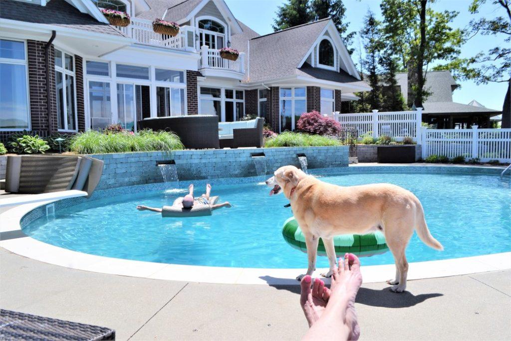 piscine coque ou traditionnelle