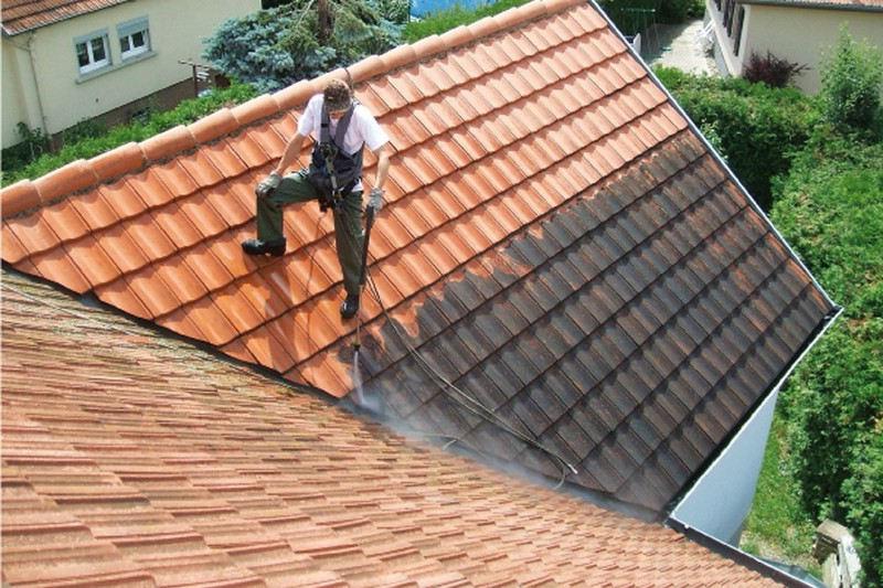Réparer une fuite dans le toit