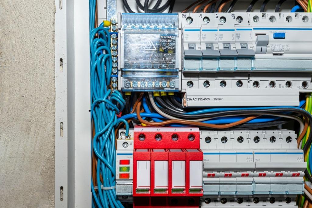 type de disjoncteurs électriques