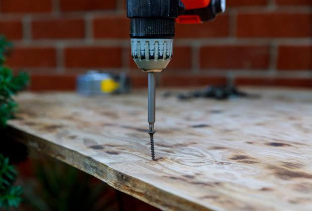 vis pour terrasse en bois
