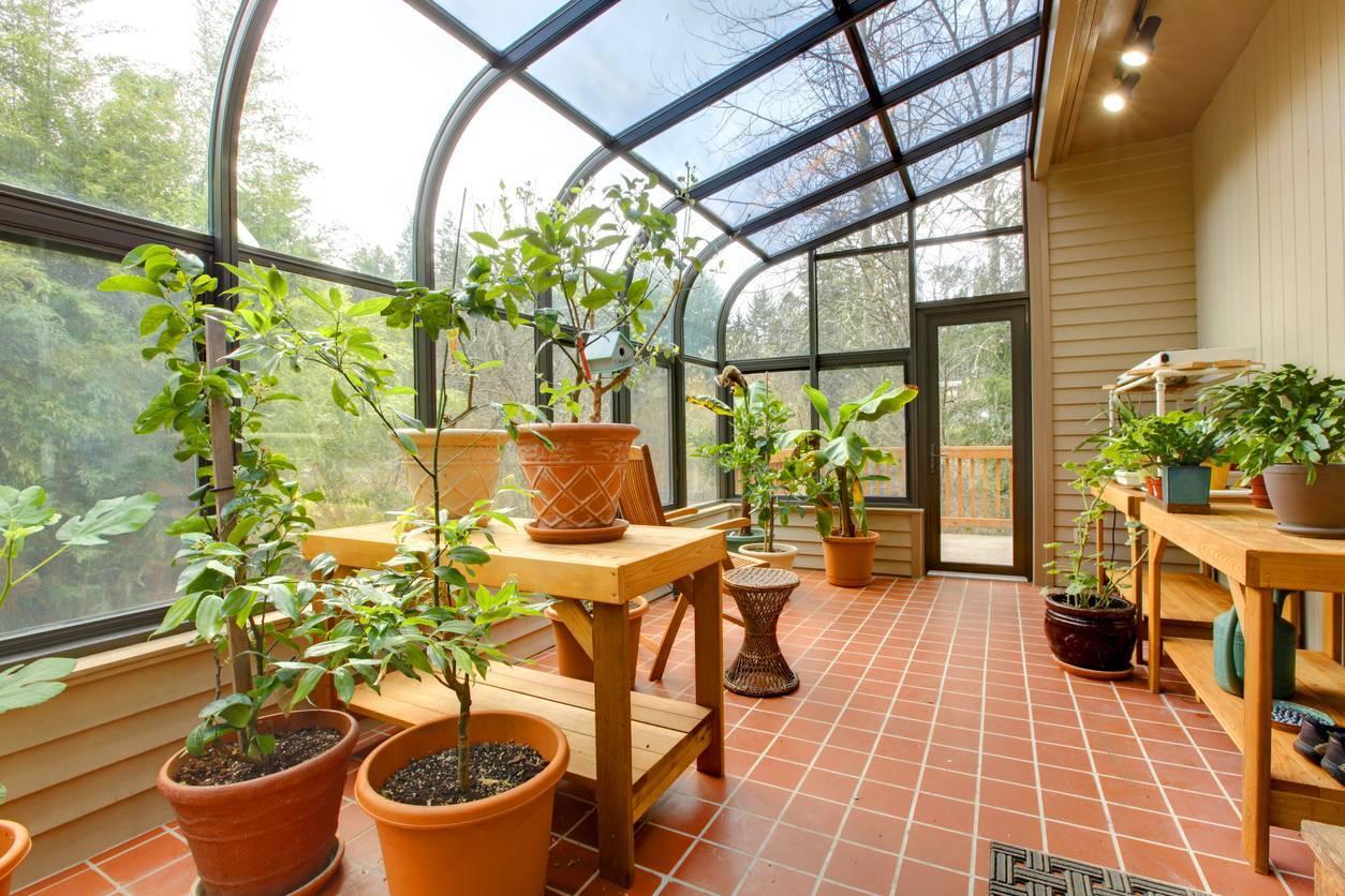 transformer sa terrasse en véranda